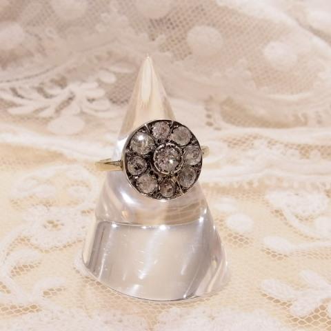 ローズカットダイヤモンドの指輪